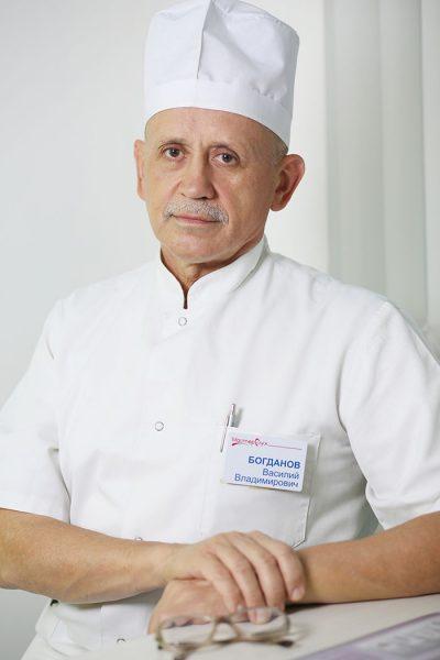 Лор-врач высшей категории принимает в Симферополе