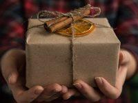 Пять идей новогодних подарков, чтобы слышать главное